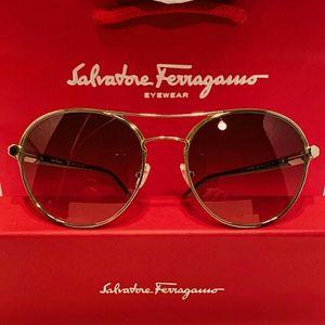 Salvatore Ferragamo Sunglass Style 2174